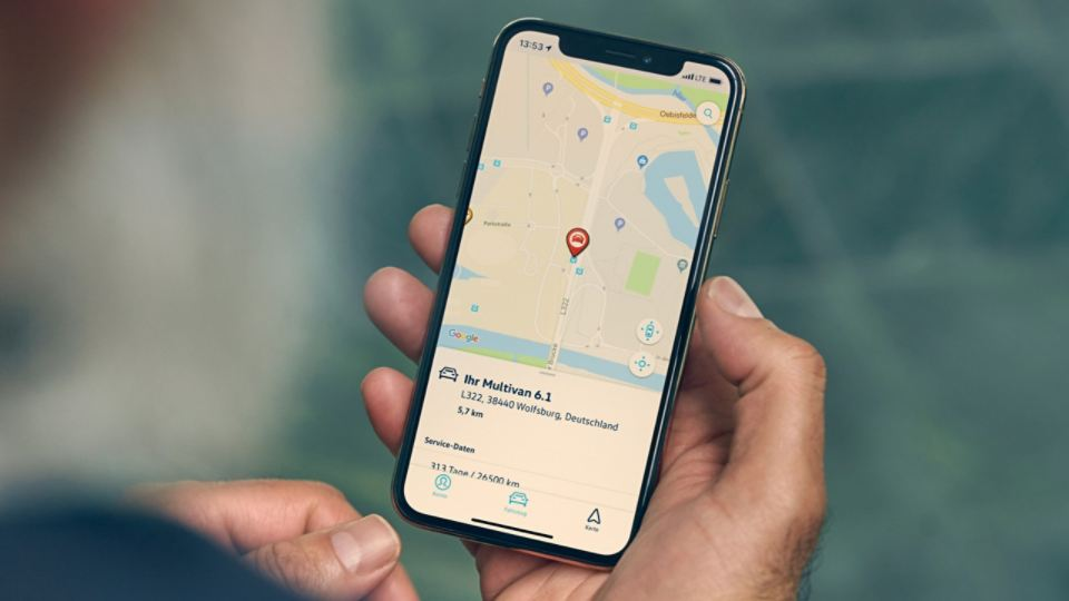 Ein Smartphone mit der VW We Connect App