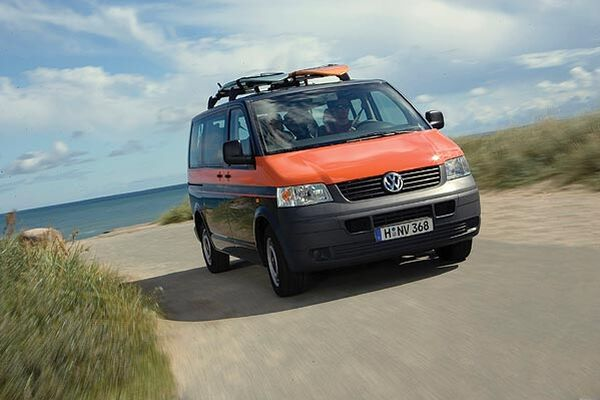 Multivan-Beach-T5-Bulli-Volkswagen-VW-orange-2005